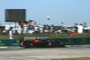 #77 Mazda Team Joest: Oliver Jarvis, Tristan Nunez, Timo Bernhard