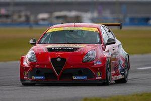 #03 TMR Engineering y Consulting Inc. Alfa Romeo Giulietta TCR, TCR: Alex Popow, Alexandre Papadopulos