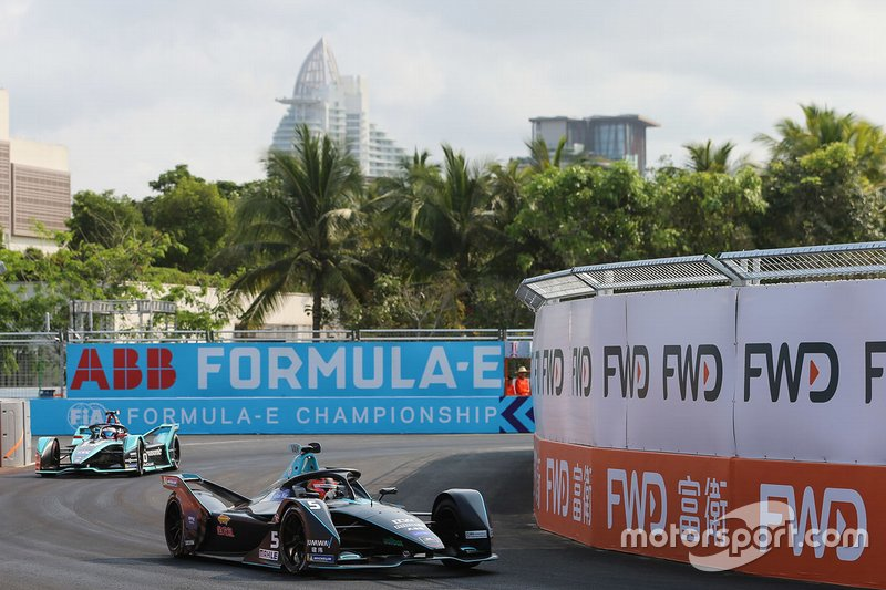 Stoffel Vandoorne, HWA Racelab, VFE-05 Mitch Evans, Panasonic Jaguar Racing, Jaguar I-Type 3