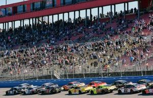 Tyler Reddick, Richard Childress Racing, Chevrolet Camaro Hurdl and Kyle Busch, Joe Gibbs Racing, Toyota Supra iK9