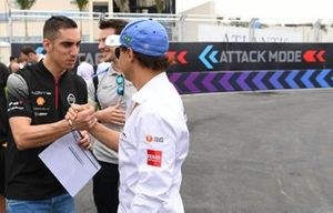 Felipe Massa, Venturi Formula E, shakes hands with Sébastien Buemi, Nissan e.Dams