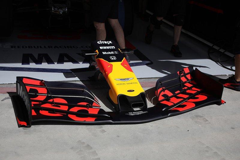 Detalle del alerón delantero del Red Bull