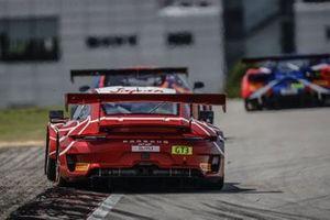 #8 ARN Racing Porsche 911 GT3 R: Hiroaki Nagai, Yuta Kamimura
