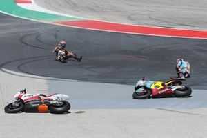 Xavi Vierge, Marc VDS Racing, Fabio Di Giannantonio, Speed Up Racing crash