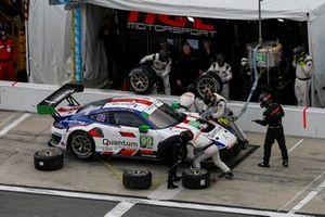 Пит-стоп: Юрген Херинг, Свен Мюллер, Клаус Бахлер, Штеффен Гериг, Альфред Ренауэр, NGT Motorsport, Porsche 911 GT3 R (№99)