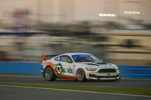 #24 Ian Lacy Racing Ford Mustang GT4, GS: Frank Gannett II, Drew Staveley