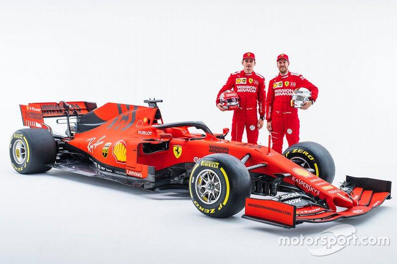 Гонщики Ferrari Шарль Леклер и Себастьян Феттель, автомобиль SF90