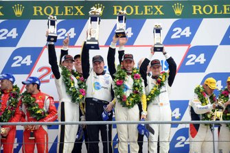 Podium: Race winners #73 Corvette Racing Chevrolet Corvette C6 ZR1: Olivier Beretta, Tommy Milner, Antonio Garcia