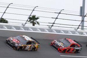 Kyle Busch, Joe Gibbs Racing, Toyota Camry M&M's Chocolate Bar #19