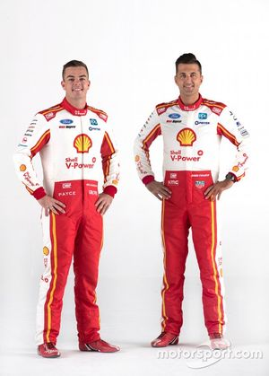 Scott McLaughlin, Fabian Coulthard,, Shell V-Power Racing Team