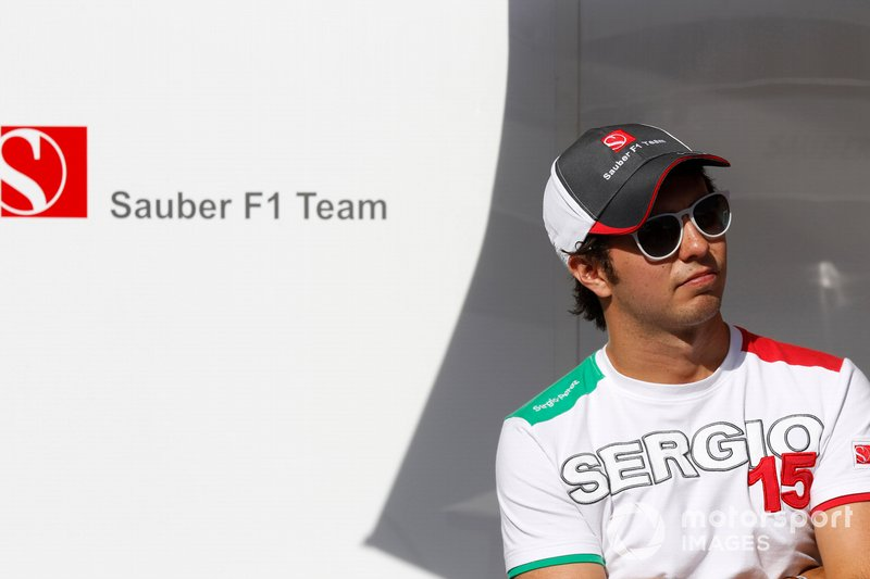 "<img class=""ms-flag-img ms-flag-img_s1"" title=""mexico"" src=""https://cdn-1.motorsport.com/static/img/cf/mx-3.svg"" alt=""mexico"" width=""32"" /> Sergio Pérez, Sauber F1 2011"
