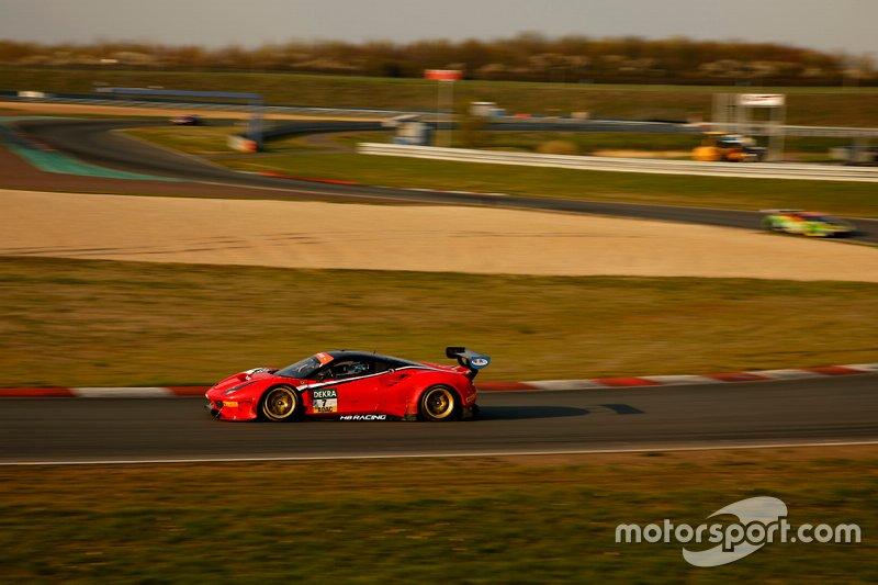 #7 HB Racing Ferrari 488 GT3: Sebastian Asch, Luca Ludwig