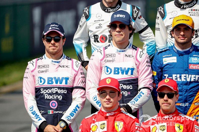 Sergio Perez, Racing Point, Lance Stroll, Racing Point, Carlos Sainz Jr., McLaren, Charles Leclerc, Ferrari, y Sebastian Vettel, Ferrari, en la foto de pilotos 2019