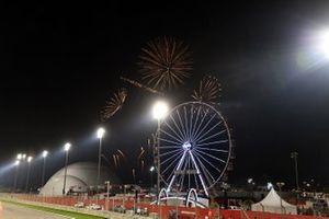 Le feu d'artifice à la fin du Grand Prix