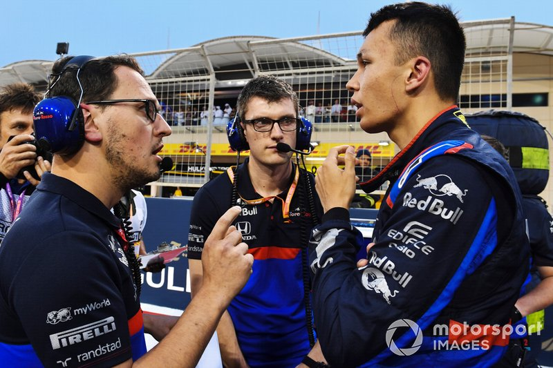 Alexander Albon, Toro Rosso, on the grid
