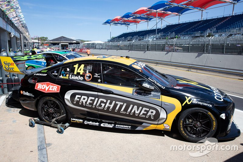 Brad Jones Racing: Тим Слейд, Holden ZB Commodore №14