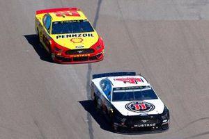Kevin Harvick, Stewart-Haas Racing, Ford Mustang Jimmy John's, Joey Logano, Team Penske, Ford Mustang Shell Pennzoil