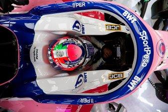 Шлем гонщика Racing Point Серхио Переса