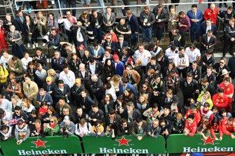 La foule réunie au pied du podium