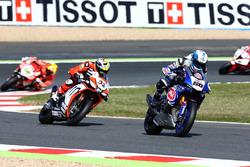 Sylvain Guintoli, Pata Yamaha, et Lorenzo Savadori, IodaRacing Team