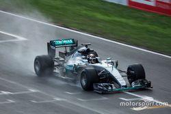 Pascal Wehrlein, Mercedes F1 Team, 2017-es Pirelli abroncsok tesztelése