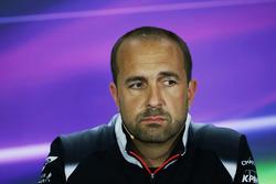 Matt Morris, McLaren Engineering Director in de persconferentie