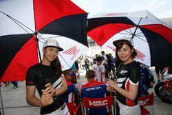 Grid girls Honda