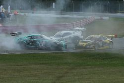 Crash in Turn 1
