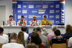 Norbert Michelisz, Honda Racing Team JAS; Rob Huff, Honda Racing Team JAS; José María López, Citroën