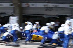 Arrêt aux stands pour Felipe Nasr, Sauber C35