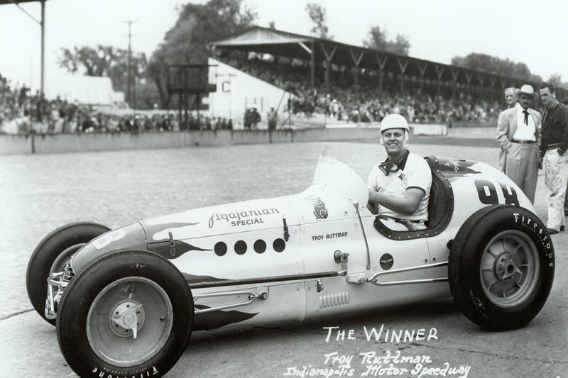1952: Трой Раттмен