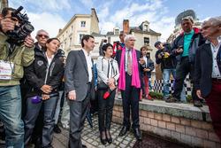 Ceremonia de la huella de la mano: ACO Presidente Pierre Fillon y alcalde de Le Mans