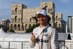 Pole pour Nico Rosberg, Mercedes AMG Petronas F1 W07