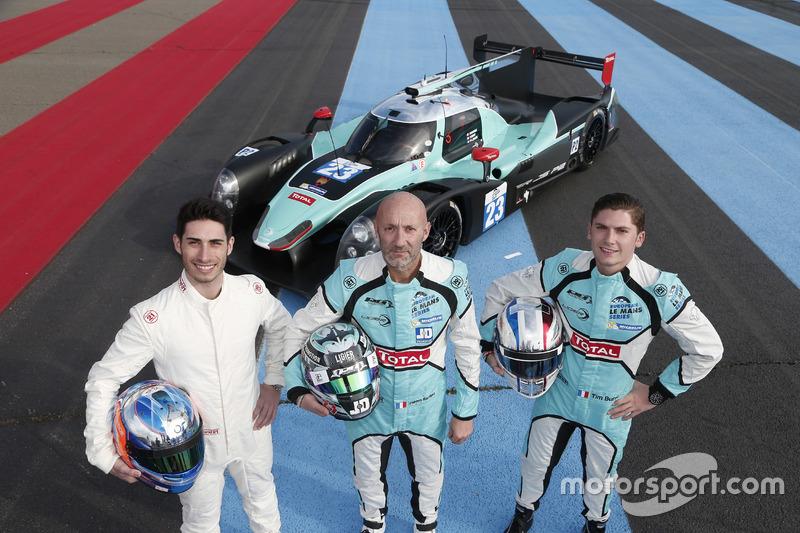 Paul-Loup Chatin, Fabien Barthez et Timothé Buret avec la Ligier JS P2 du Panis-Barthez Compétition