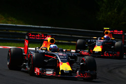 Daniel Ricciardo, Red Bull Racing RB12 and Max Verstappen, Red Bull Racing RB12