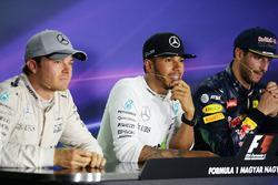 Pressekonferenz: Sieger Lewis Hamilton, Mercedes AMG F1 Team; 2. Nico Rosberg, Mercedes AMG F1 Team;