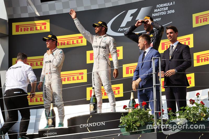 Podium: winner Lewis Hamilton, Mercedes AMG F1 Team, second place Nico Rosberg, Mercedes AMG F1 Team, third place Daniel Ricciardo, Red Bull Racing