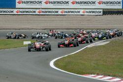 Partenza: Nick Cassidy, Prema Powerteam Dallara F312 – Mercedes-Benz