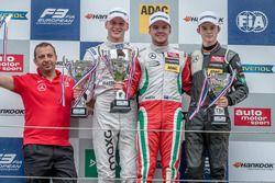 Podium, Maximilian Günther, Prema Powerteam Dallara F312 - Mercedes-Benz, Nick Cassidy, Prema Powert