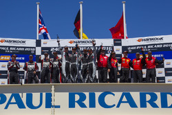 Podium: 1. #911 Precote Herberth Motorsport, Porsche 991 GT3 R: Alfred Renauer, Robert Renauer, Dani