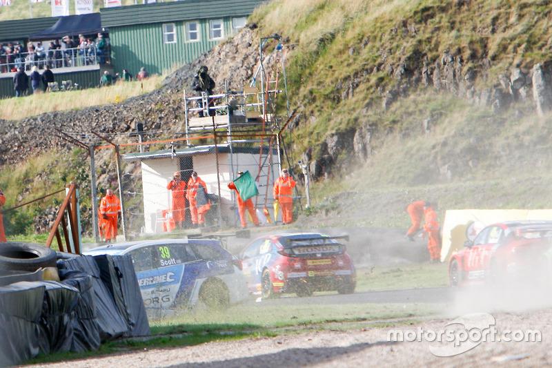 Crash, Warren Scott, Subaru Team BMR