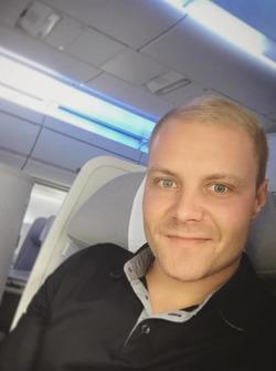 Валттері Боттас в літаку