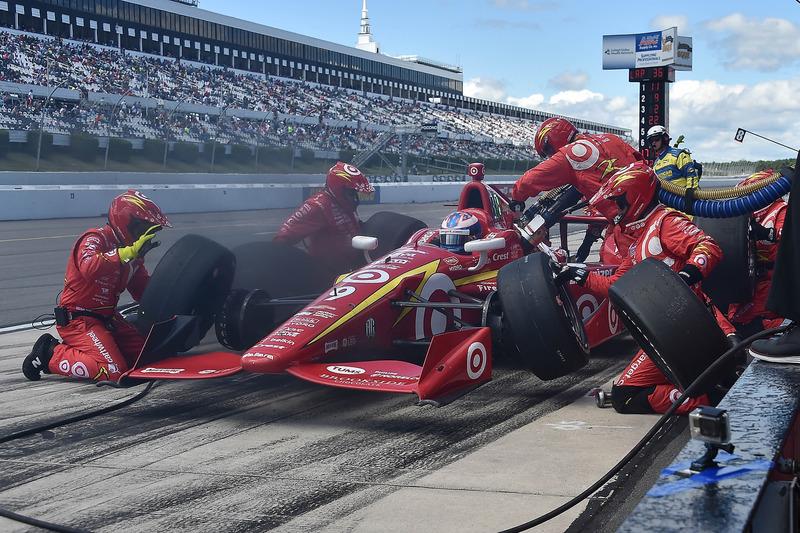 Scott Dixon, Chip Ganassi Racing Chevrolet, pit stop