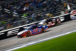 Joey Logano, Team Penske Ford, David Ragan, BK Racing Toyota