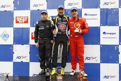Podio Gara 2: il vincitore Davide Uboldi, Eurointernational, il secondo classificato Walter Margelli