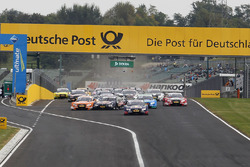 Départ, Marco Wittmann, BMW Team RMG, BMW M4 DTM et Jamie Green, Audi Sport Team Rosberg, Audi RS 5 DTM en délicatesse