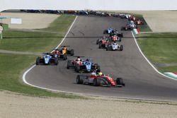Mick Schumacher, Prema Powerteam al comando alla partenza di Gara 1