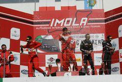 Podio GT3 Gara 2: al secondo posto Casè-Tempesta, Scuderia Baldini 27 Network, i vincitori Leo-Cheever, Scuderia Baldini 27 Network, al terzo posto Zonzini-Russo, Audi Sport Italia