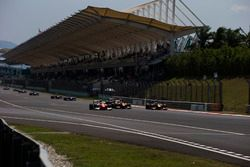 Oliver Rowland, MP Motorsport, Jordan King, Racing Engineering ve Antonio Giovinazzi, PREMA Racing