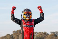 Sieger Tim Slade, Brad Jones Racing Holden